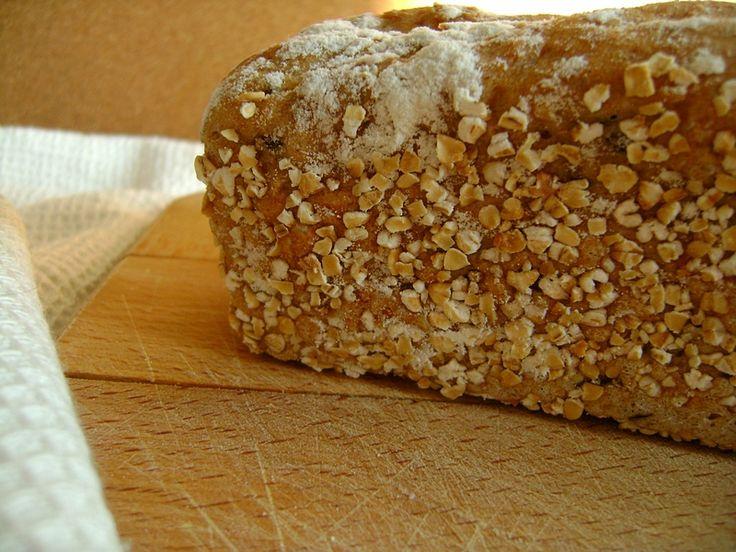 Chleb pszenno żytni z sezamem i lnem
