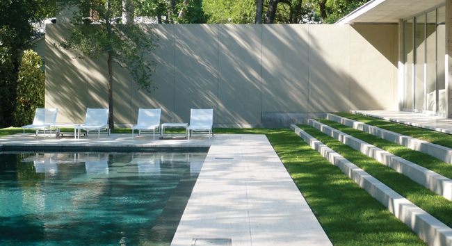 A newly built pool pavilion nestled within the estate of the Philip Johnson's Beck House (1964). Architecture by Svend Fruit. Landscaping by Reed Hilderbrand. Photo by Alan Ward via ASLA