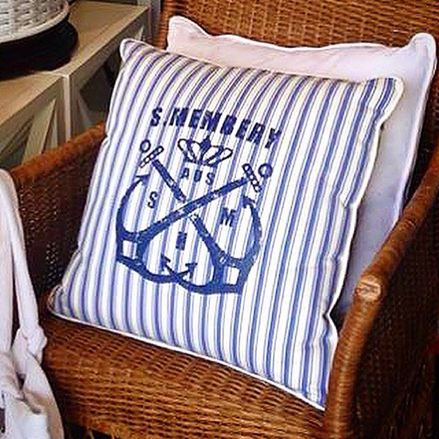 The HARBOR MASTER PILLOW in Cruise Blue ⚓️⚓️⚓️ Maritime inspired pillows in oceanic hues bring a breezy, beach-house 🌴🍍🌴 vibe to your decor while adding comfort & character to your home  #shoponline #shipworldwide 📦📦📦 #stuartmemberyfurniture  #SMHC #pillowtalk #blueandwhite 💙#nauticalchic g⚓️⚓️⚓️ #stuartmemberyhome