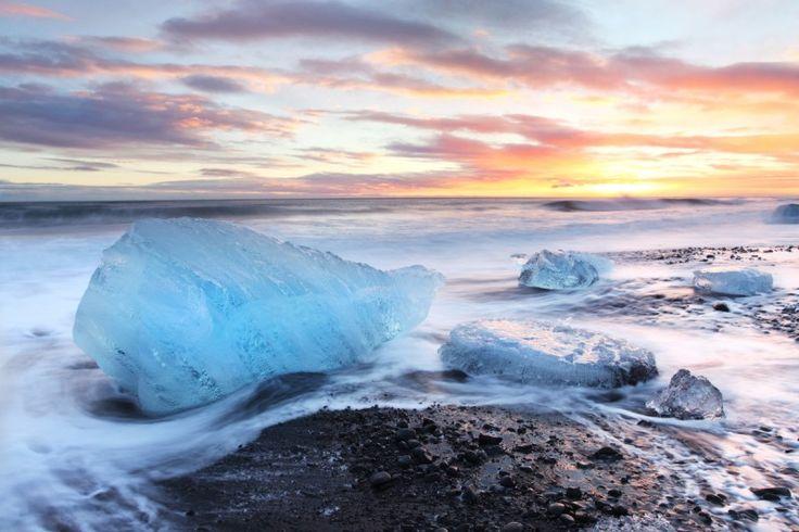 Melting Icebergs, Jokusarlon Volcanic Beach, South Iceland