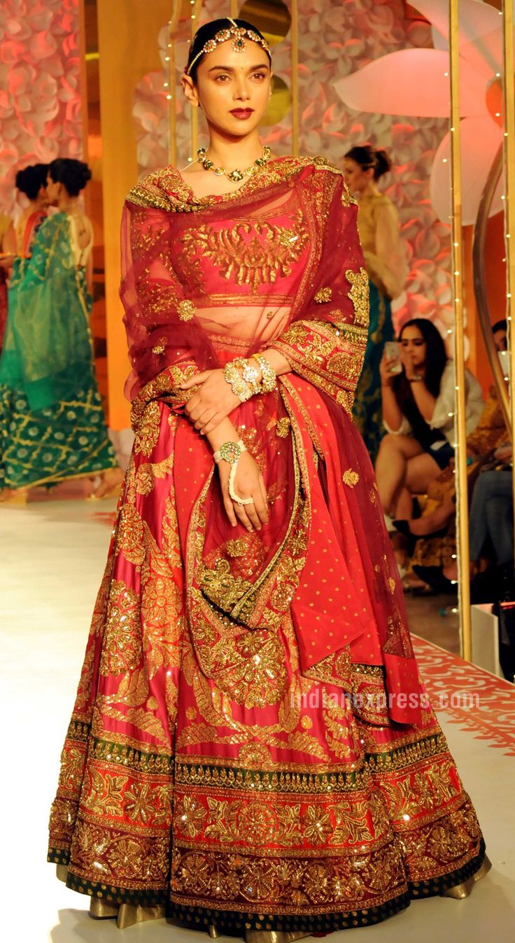 Aditi Rao Hydari looks regal in a Ritu Kumar lehenga on the ramp