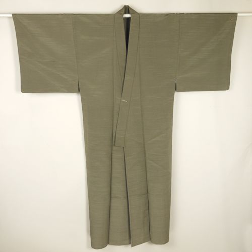 Mos green, kimono for man /【男物着物】リサイクル着物/グレー系灰汁色 無地の化繊単衣 長着
