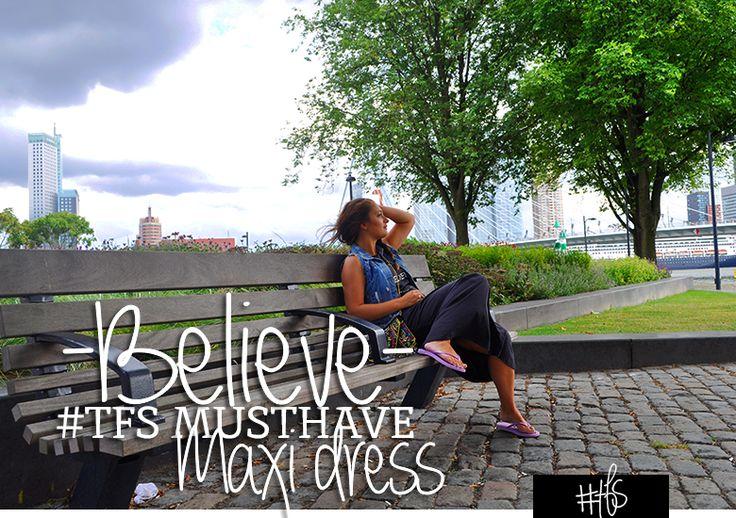 #TFS MUSTHAVE: MAXI DRESS Dress and the city…  Maxi dresses; je kunt er deze zomer niet omheen! Helemaal niet erg, want deze musthave zit heerlijk (lekker luchtig!), is goed te combineren met gilletjes of stoere jackets, pumps of flip flops, grote hoeden of shinny zonnebrillen. Read the full story on www.thefullstory.nl
