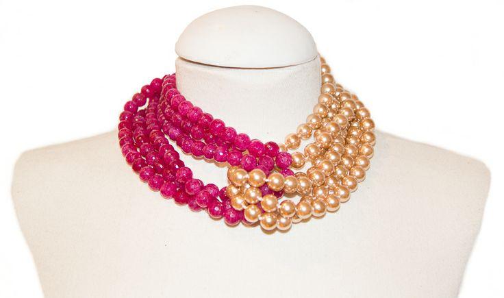 Perla de cristal dorada con ágatas fucsia