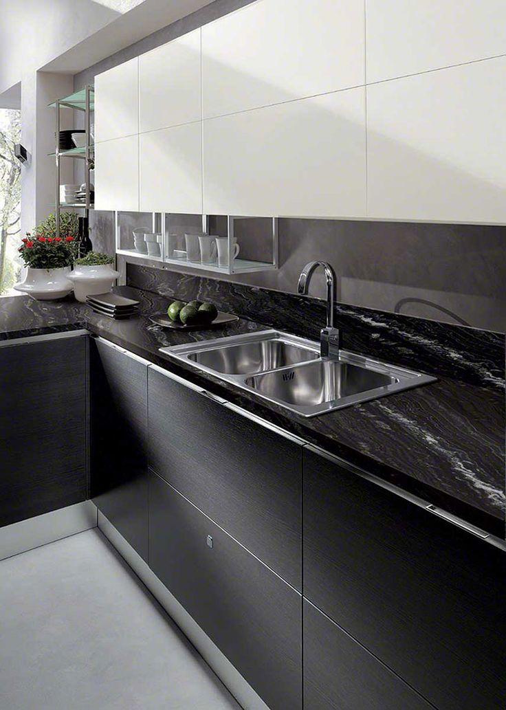 Beste Arbeitsplatten aus schwarzem Granit (Bilder, Kosten, Vor- und Nachteile)