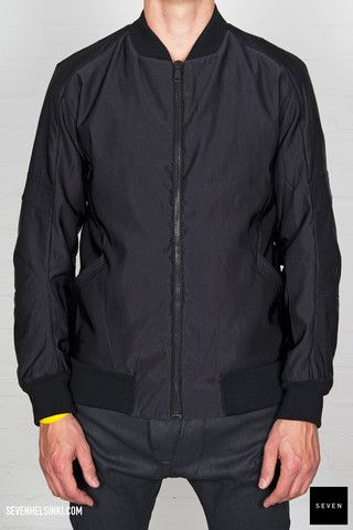 Alexandre Plokhov FLIGHT BOMBER 741 € | Seven Shop