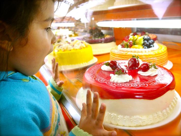She wants cake in Cochabamba, Bolivia. (Photo by Raul Vasquez)