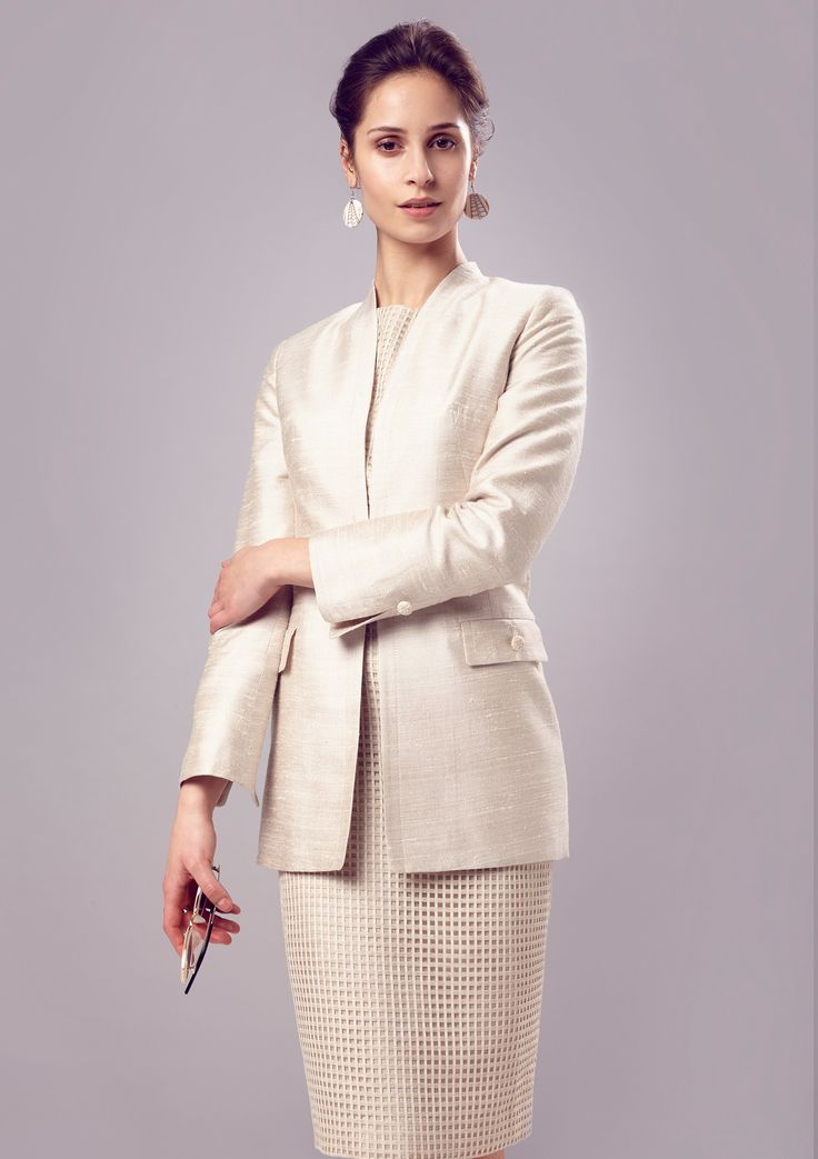 Long Line Edge-to-Edge Jacket in Plain Vanilla Silk/Viscose - Evelyn