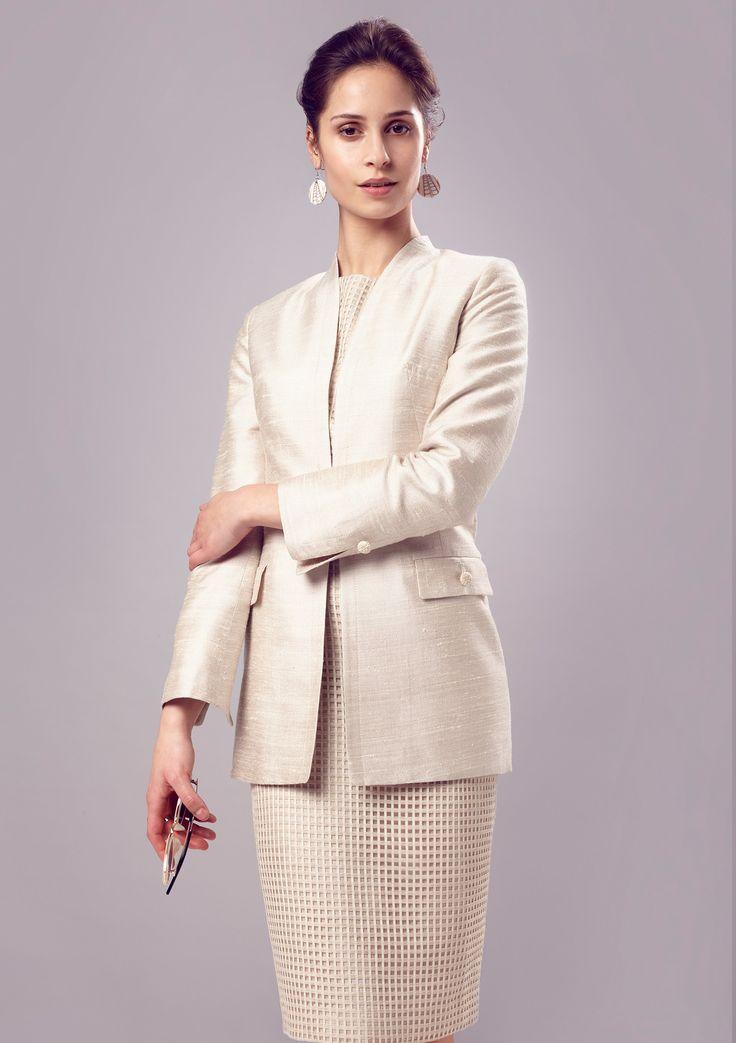 Long Line Edge-to-Edge Jacket in Plain Vanilla Silk/Viscose - Evelyn