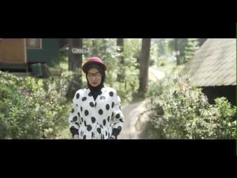 JUST YOU AND ME - DELIZIOUS DEVINA FEAT ZASKIA SUNGKAR ( Official Video ...