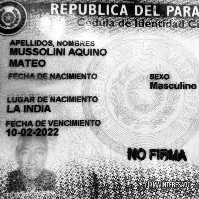 """Cuadro sobre MATEO MUSSOLINI expuesto en el Centro Cultural Juan De Salazar hasta el 28 de febrero como parte de la muestra """"El Grito Enxet"""" de DIEGO SCHÄFER.  Mas información: http://diegoschafer.wix.com/el-grito-enxet"""