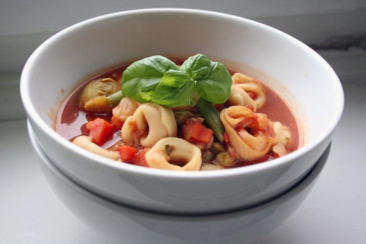 Gemüse-Tortellini-Eintopf