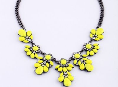 """""""Call me NEON"""" fashion statement necklace color me yellow www.thehangoutb.com"""