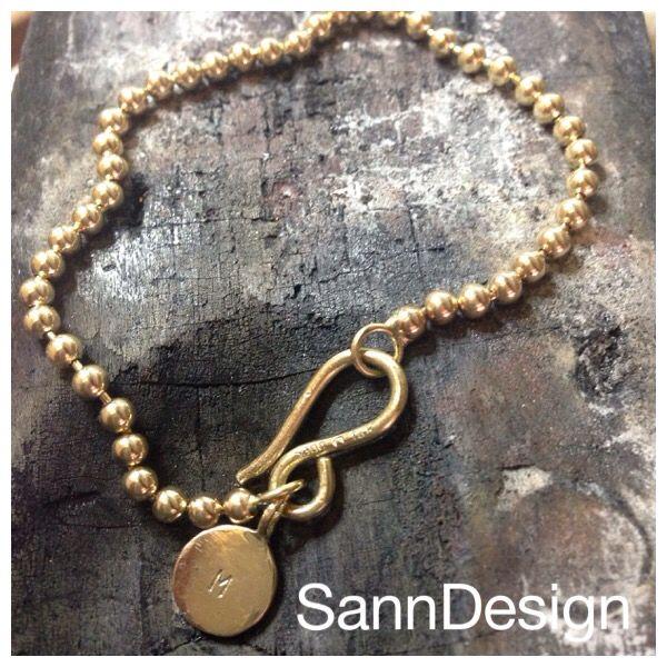 Simpel beautiful 14K gold bracelet, handmade at SannDesign
