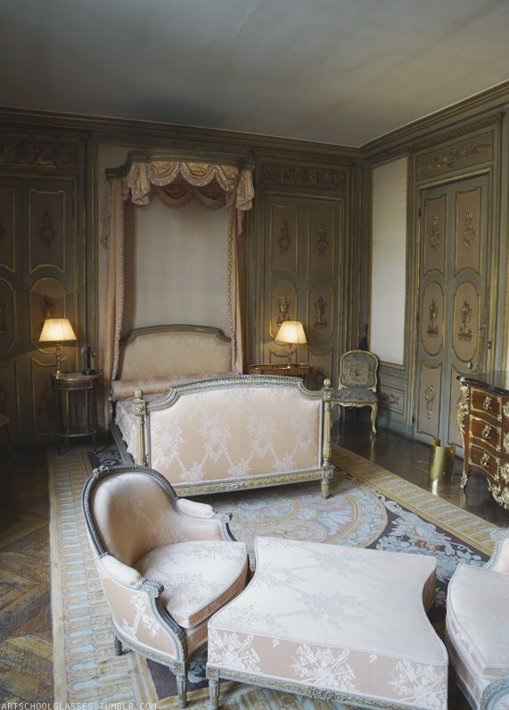 """the-king-of-coney-island: """" artschoolglasses: """" Second bedroom in the Musee Jacquemart-Andre """" """""""