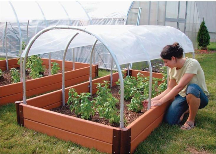 inspired by a friend who is eating fresh garden spinach in february, i am looking at options for my own cold frame...