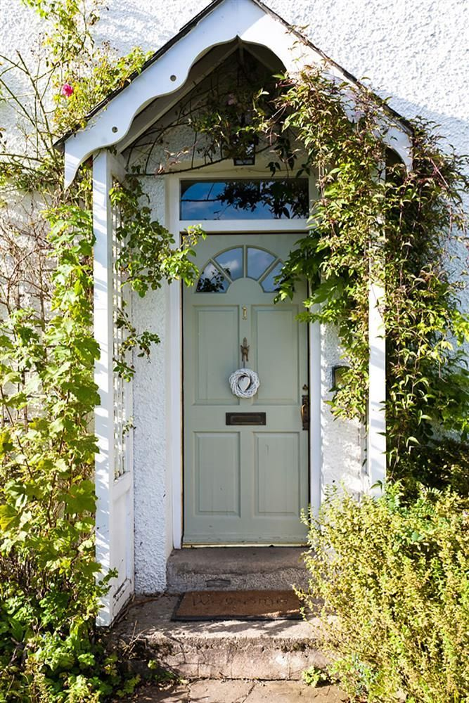 303 best images about knocking on the front door of the for Cottage style front doors