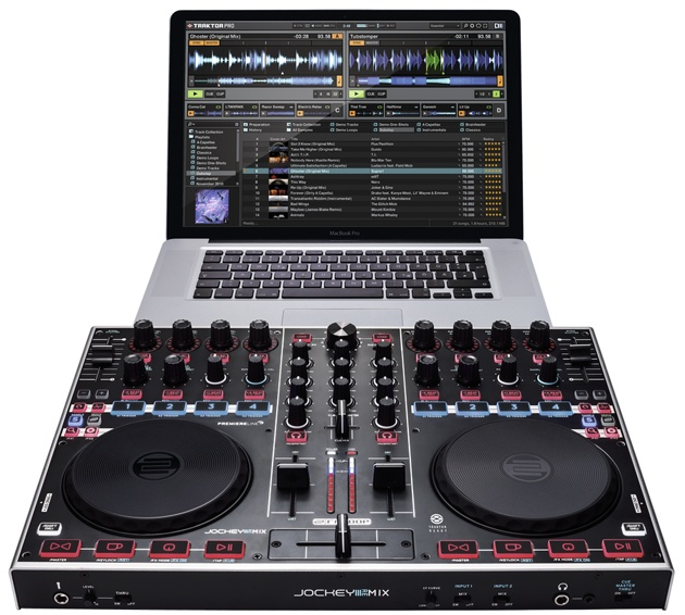 At the Mix Move 2013 Reloop will present for the first time the highly anticipated reissue of the award-winning Jockey 3 ME: Reloop Jockey 3 Remix