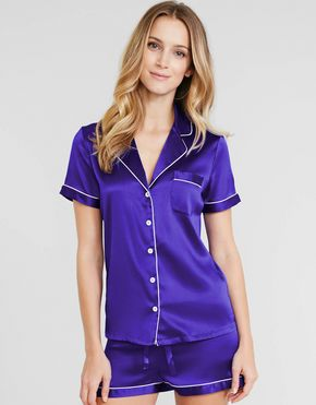 Short Silk Pajamas Set  Product Description Place of Origin: Vietnam Material: 100% Silk Vietnam Color: Coban Blue Gender: Female Size: S, M, L or Customized Supply type: OEM/ODM MOQ: 100 pieces/size Delivery detail: 15-25 days depend on the quality