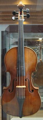 Antonio Stradivari violin of 1703 on exhibit, behind glass, at the Musikinstrumentenmuseum (Berlin Musical Instrument Museum), 2006