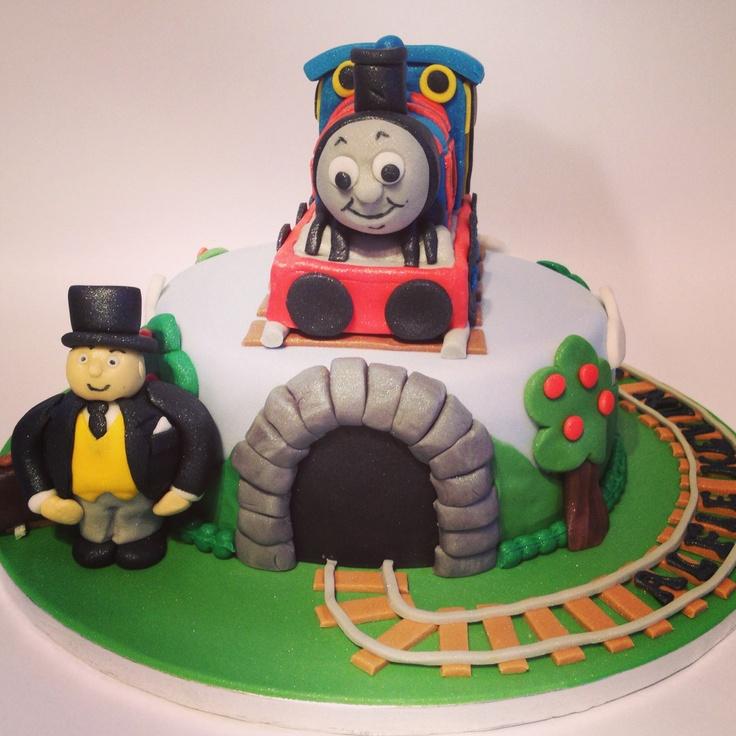 Thomas the tank engine naming cake