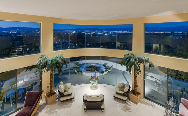 Entertainer's Estate – $6,749,000 | Pricey Pads