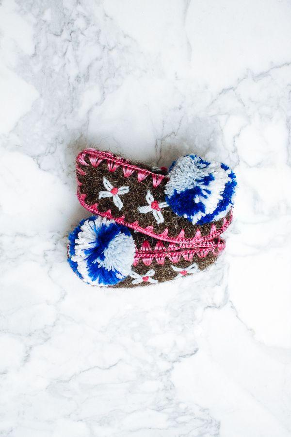 Wool slippers for kids handmade in Greece