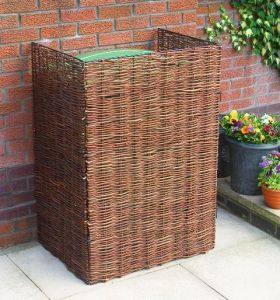 Woven Willow Wheelie Bin Screening £39.99