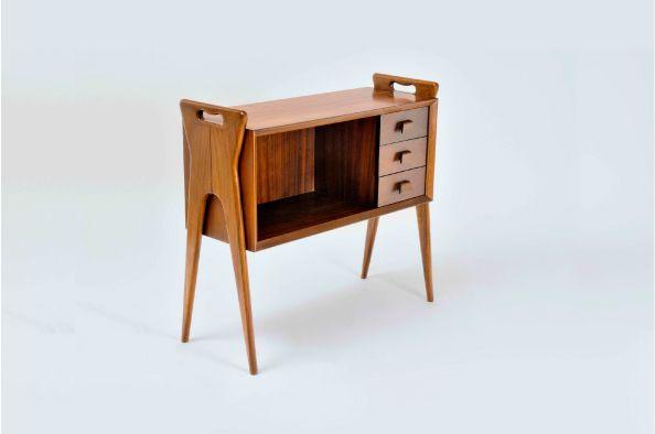 Móveis Olaio – Produção, Inovação e Qualidade (Olaio Furniture – Production, Inovation and Quality exhibtion at Museu da Cerâmica de Sacavém.
