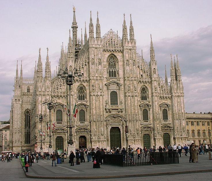 MailaenderDom - Rooms-Katholieke Kerk - De voorgevel van de Dom van Milaan.