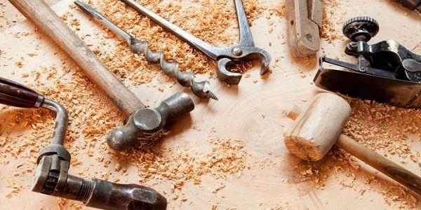 Siete abili nei piccoli lavori di riparazione, oppure non avete mai provato ad aggiustare qualcosa di rotto? Viviamo nella cultura dell'usa-e-getta, dove normalmente si tende a gettare, e non a riparare, ciò che non funziona più alla perfezione.