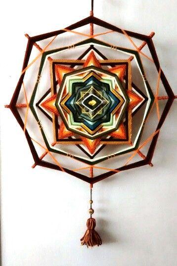 """""""Amanecer""""  -- mandala tejido por mí (María Ivana Croxcatto), ocho puntas, aprox. 50 cm"""