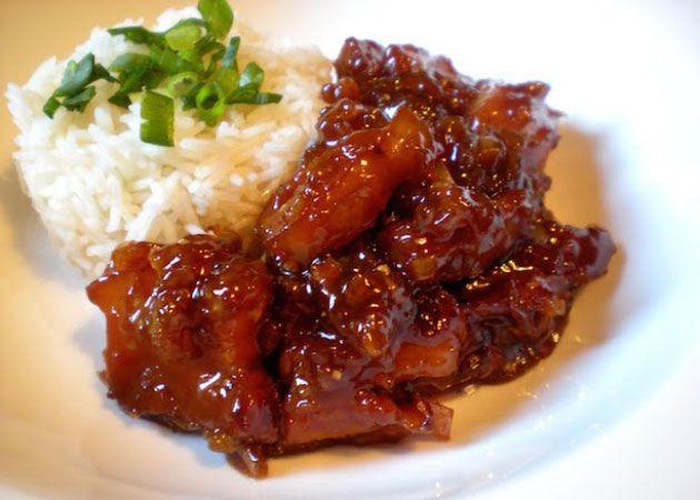 Porc au caramel avec Thermomix, un savoureux plat de porc sucré-salé facile te simple à réaliser pour un repas familial.