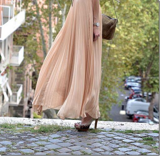 This season: pleated maxi skirt