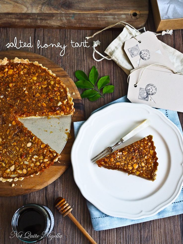 The Best Thing Since Salted Caramel - Salted Honey Macadamia Tart