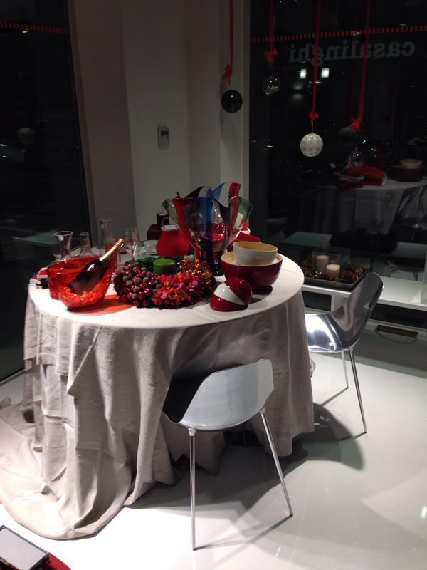 There is no better #chair than #Mammamia for your #Christmas #table! #Iliving #store #Dolo #Venice #youropinionworld