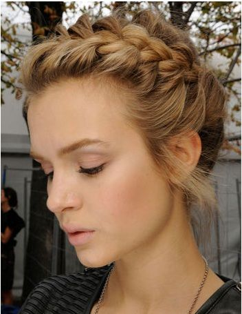 hairstyles with braids <3