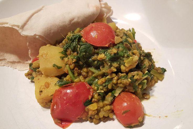 Er zitten veel eiwitten in waardoor het waardevolle toevoeging is voor veganisten en vegetariërs. Dit veganrecept komt uit Iran.