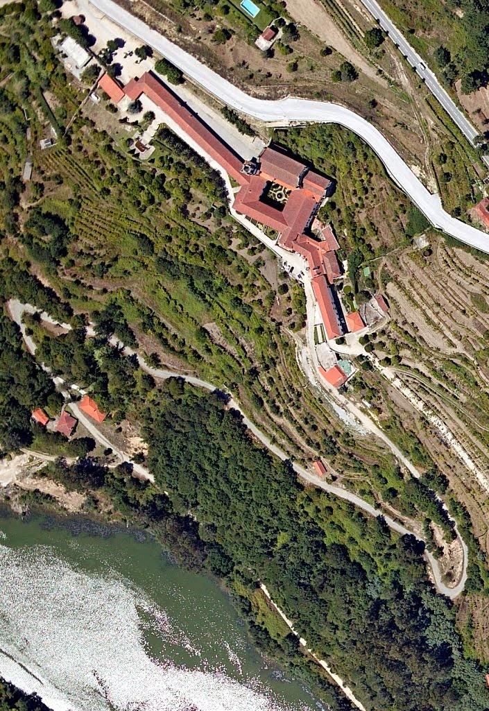 Alpendorada - Mosteiro e Rio Douro  | Marco de Canaveses, Portugal