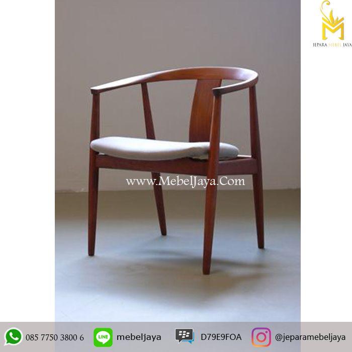 Kursi Cafe Terbaru Jepara Kayu Jati Vintage - Pesan sekarang di Jepara Mebel Jaya Furniture kursi cafe dengan desain Retro unik harga Terjangkau.