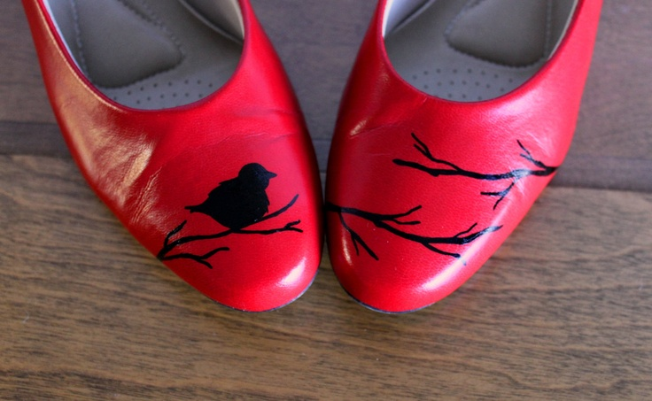 VINTAGE pair of red PUMPS with hand painted birds on branches....I bet you could make these with those cheap flats from walmart and some decals! Cute idea!