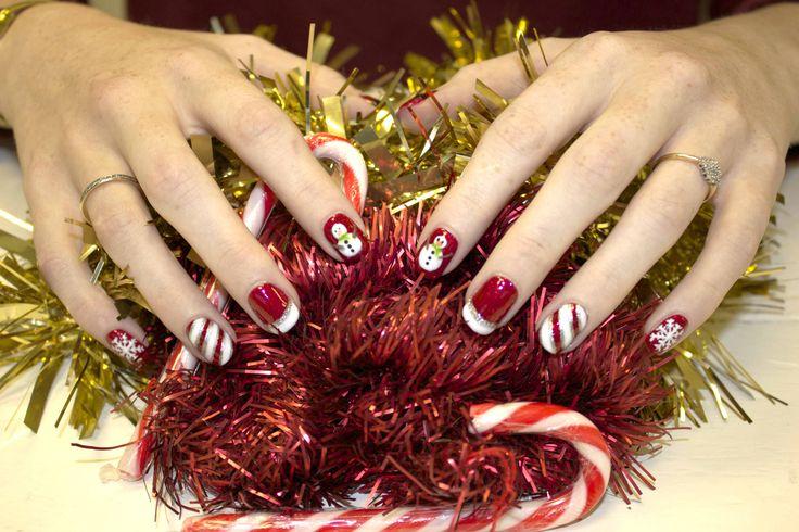 #christmas #nail #art #festive #biosculpturegel #xmasnails #christmasnails #167 #red #seductive #lights #colour #candy #cane #santa #snowman #ilovenails