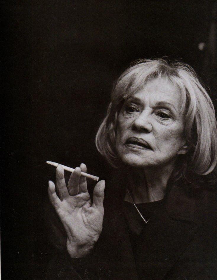 Celebrities Smoking Cigarettes - Harper's BAZAAR