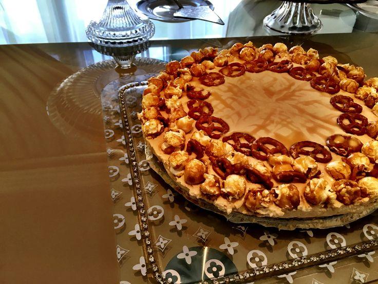 Salted caramel pretzel popcorn cheesecake