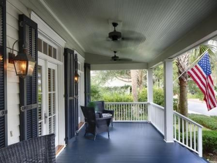 Bungalow front porch of  Bluffton South Carolina home #Front porch,