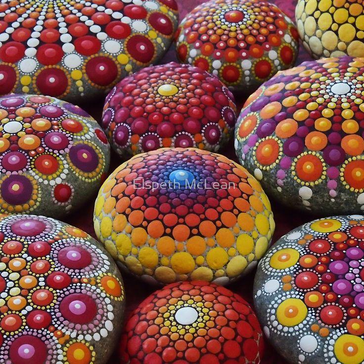 Warm Tone Mandala Stone Collection von Elspeth McLean