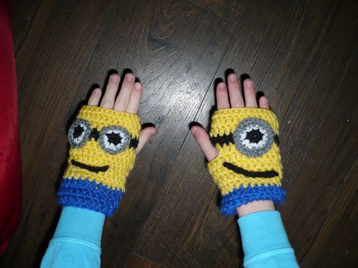 Free Crochet Pattern Minion Mitts : 25+ beste idee?n over Minion Patroon op Pinterest ...