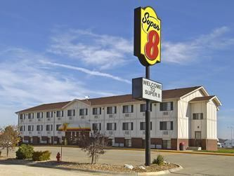 Fulton (MO) Super 8 Motel - Kingdom City United States, North America The 1-star Super 8 Motel - Kingdom City offers comfort and convenience whether you're on business or holiday in Fulton (MO). The hotel has everything you need for a comfortable stay. Service-minded staff will welcome and guide you at the Super 8 Motel - Kingdom City. The well-appointed guestrooms feature coffee/tea maker, satellite/cable TV, internet access – wireless, television, hair dryer. The hotel offer...
