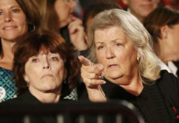 Juanita Broaddrick and Kathleen Willey point out abuser Bill Clinton at the second presidential debate.