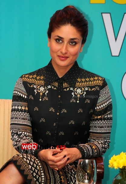 HOME arrow BOLLYWOOD   EVENTS	    Launch of Book Dont Lose out Work out   Bollywood actor Kareena Kapoor during the launch of book DonÕt lose out; Work out by author Rujuta Diwekar in Mumbai, India on March 15, 2014.